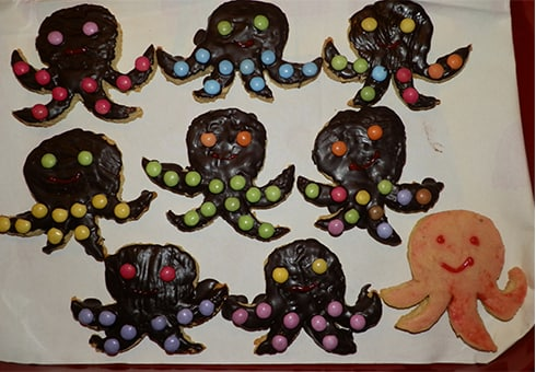 t-490-haba-kinderspiele-anleitung-kekse-titus-tentakel-10.jpg