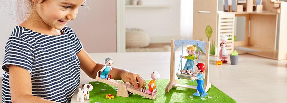 t-945-haba-little-friends-jede-menge-spass-auf-dem-kinderspielplatz.jpg