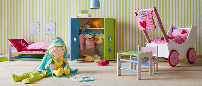 t-823-haba-spielzeug-babypuppen-zum-kuscheln-und-kuemmern.jpg