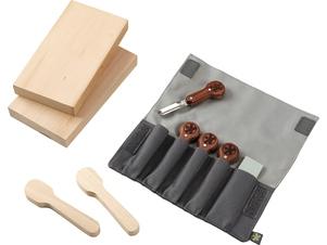 Ensemble d'outils à sculpter le bois